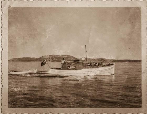 Old clinkerbuilt motor boat